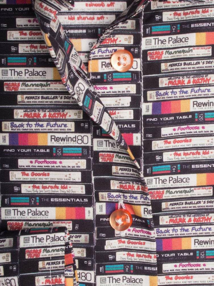CotonDouxコトンドゥのレトロなビデオテープデザインのレディースシャツ(柄クローズアップ)